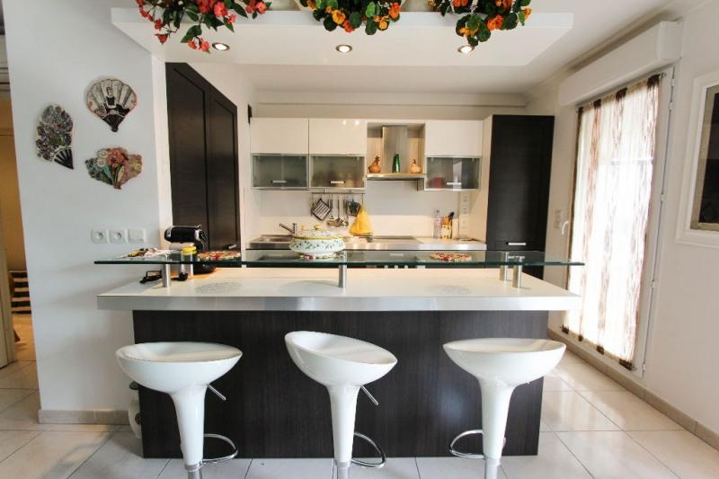 Sale apartment Juan les pins 349000€ - Picture 2