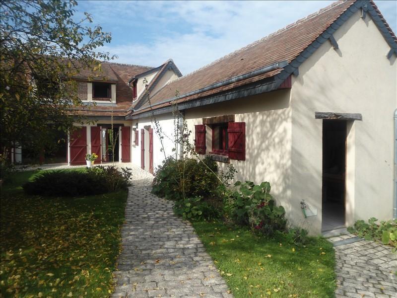 Sale house / villa Nogent le phaye 310000€ - Picture 1