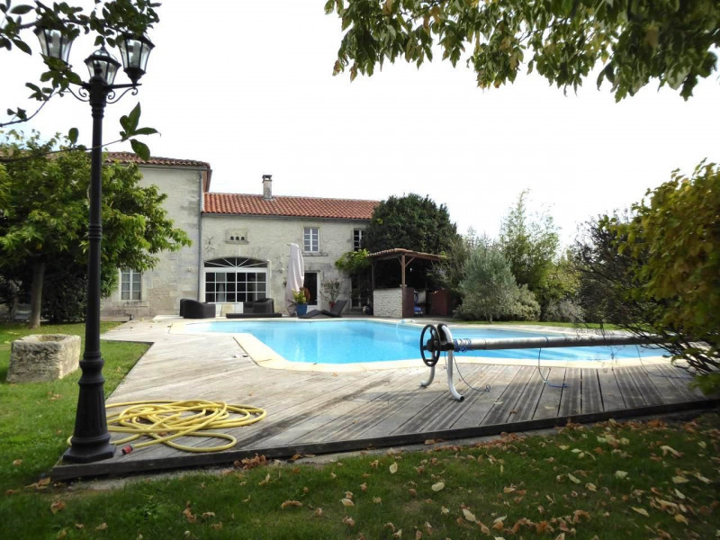 Deluxe sale house / villa Saint-laurent-de-cognac 695 000€ - Picture 11
