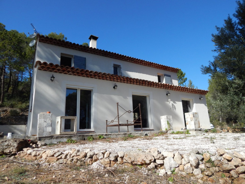 Sale house / villa Salernes 378 000€ - Picture 1