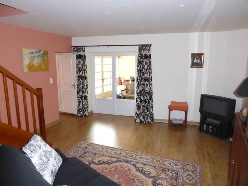 Vente maison / villa Burie 245 575€ - Photo 14