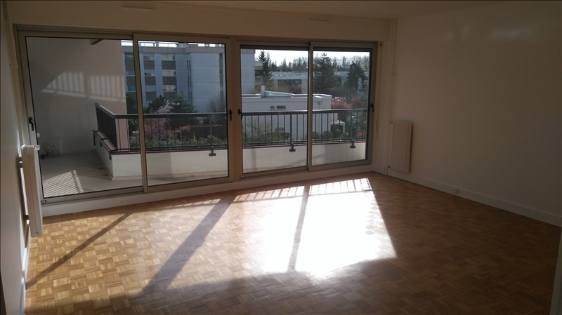 Location appartement Le chesnay 1103€ CC - Photo 1