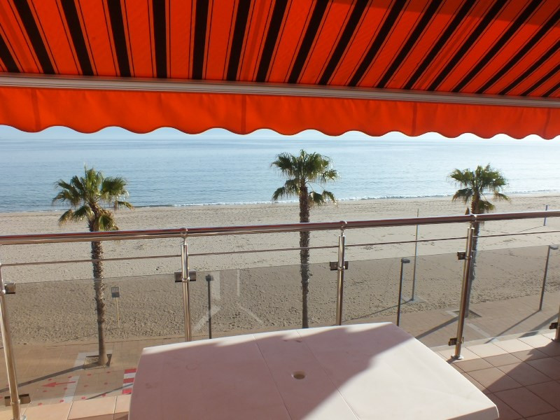 Location vacances appartement Roses santa-margarita 520€ - Photo 1