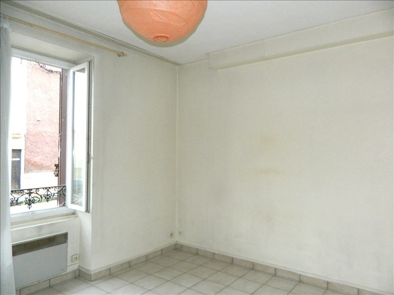 Rental apartment Roanne 290€ CC - Picture 1