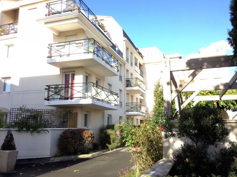 Location appartement Franconville 788€ CC - Photo 1