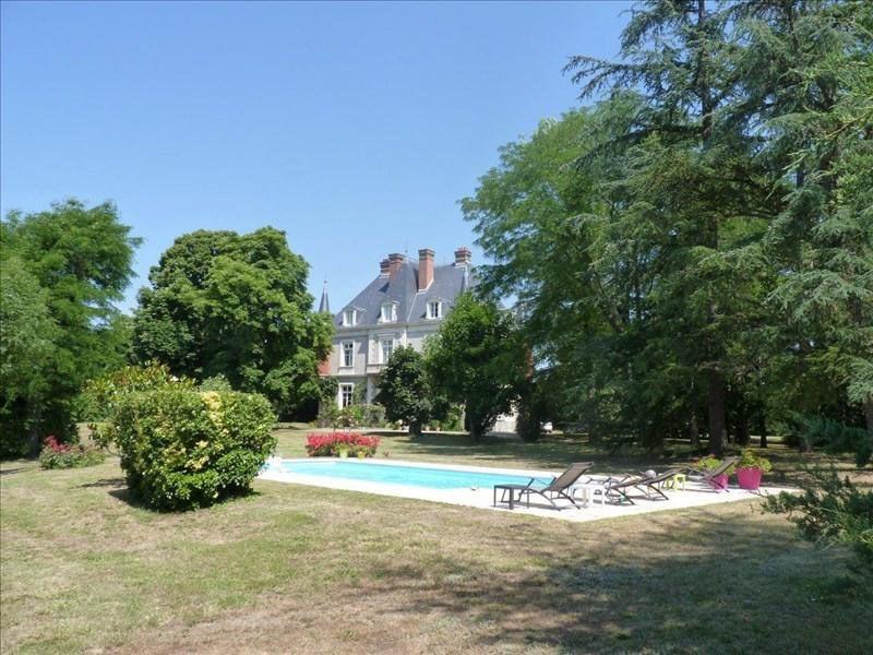 Deluxe sale house / villa Feurs 980000€ - Picture 1