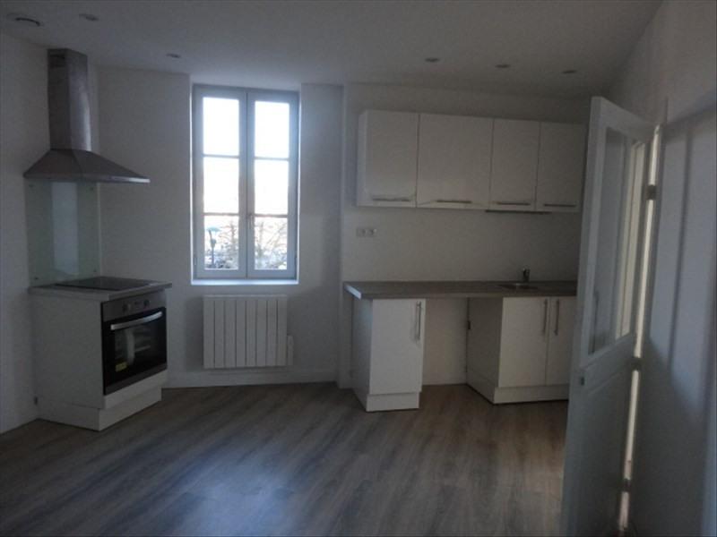 Location appartement Moulins 390€ CC - Photo 1