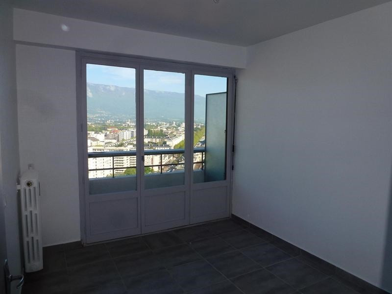 Rental apartment Chambéry 846€ CC - Picture 10