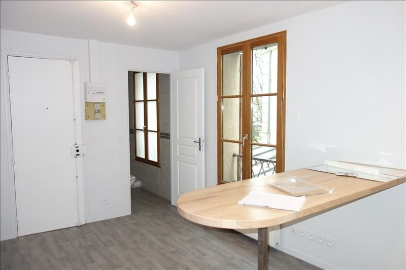 Location appartement Versailles 790€ CC - Photo 2