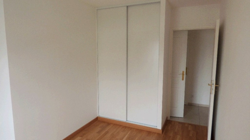 Location appartement Gex 1 682€ CC - Photo 5