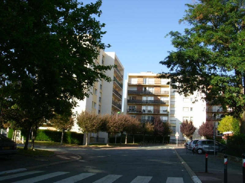 Location appartement Maurepas 606€ CC - Photo 4