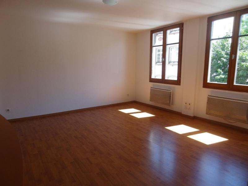 Verhuren  appartement Strasbourg 700€ CC - Foto 3