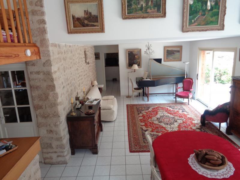 Sale house / villa Bessines sur gartempe 418000€ - Picture 3