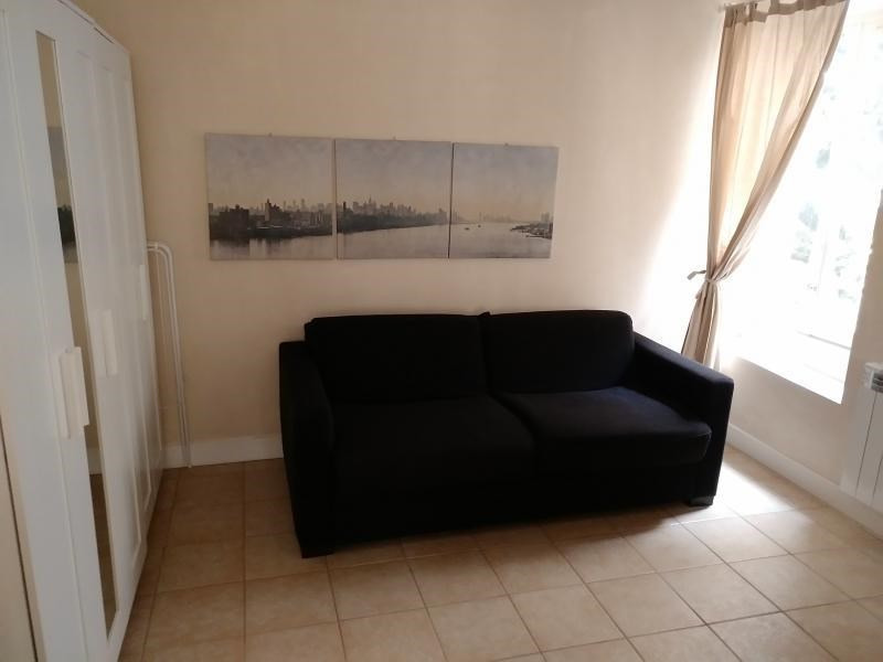 Location appartement St germain en laye 645€ CC - Photo 2