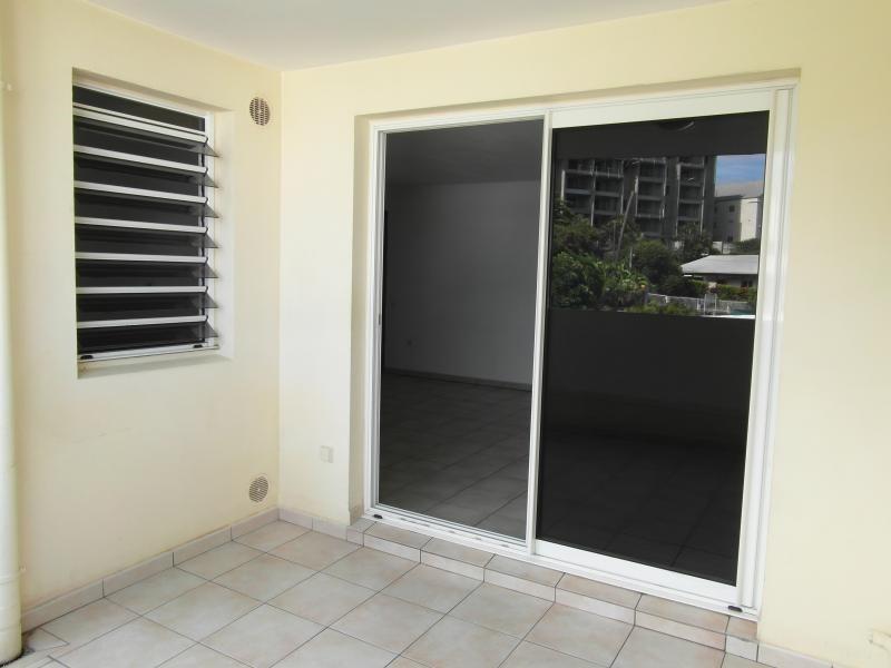 Sale apartment St denis 140000€ - Picture 6