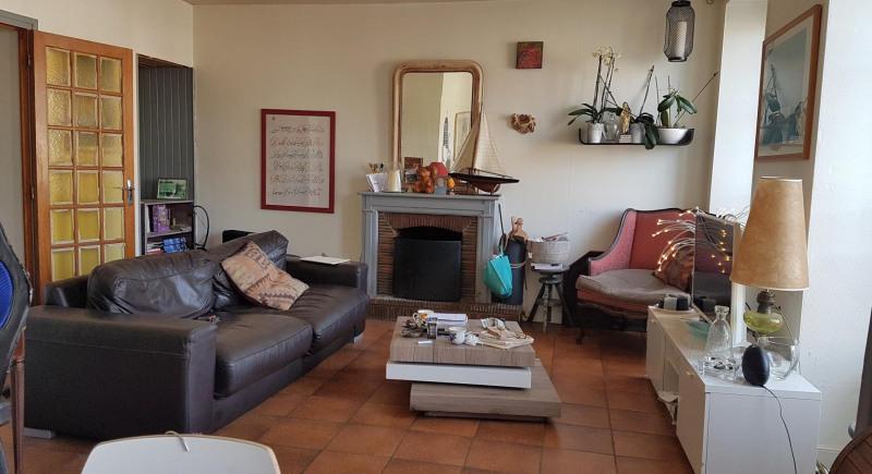 Sale apartment Quimper 129943€ - Picture 1