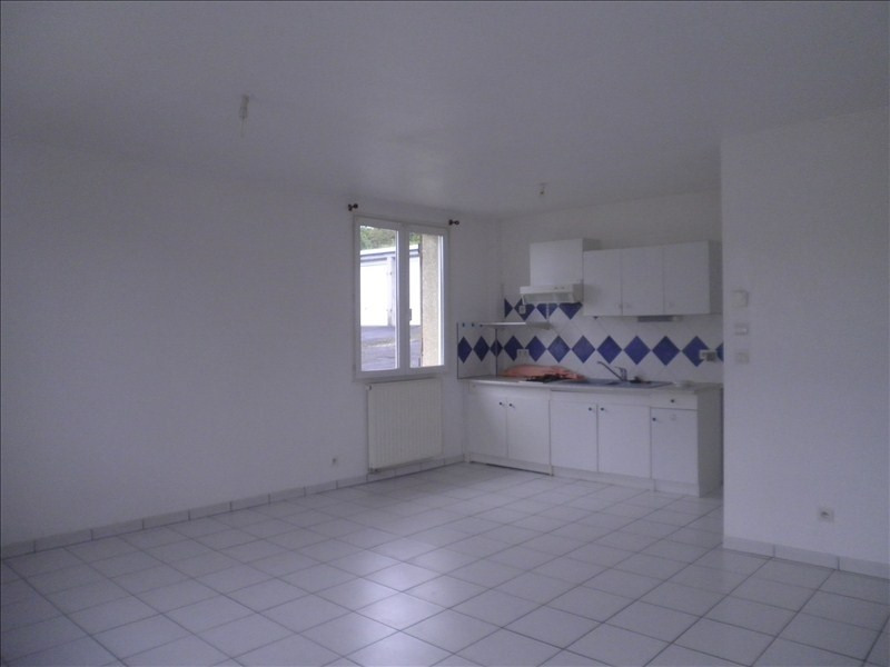 Location maison / villa Le puy en velay 411,79€ CC - Photo 4