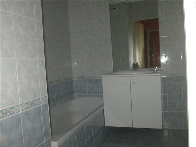 Sale apartment St jean le priche 157 000€ - Picture 3