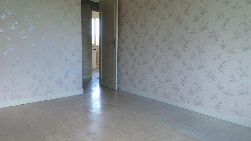 Sale house / villa Gueret 77000€ - Picture 10