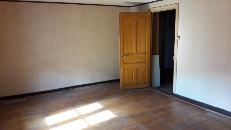 Vente maison / villa Nantua 110000€ - Photo 6