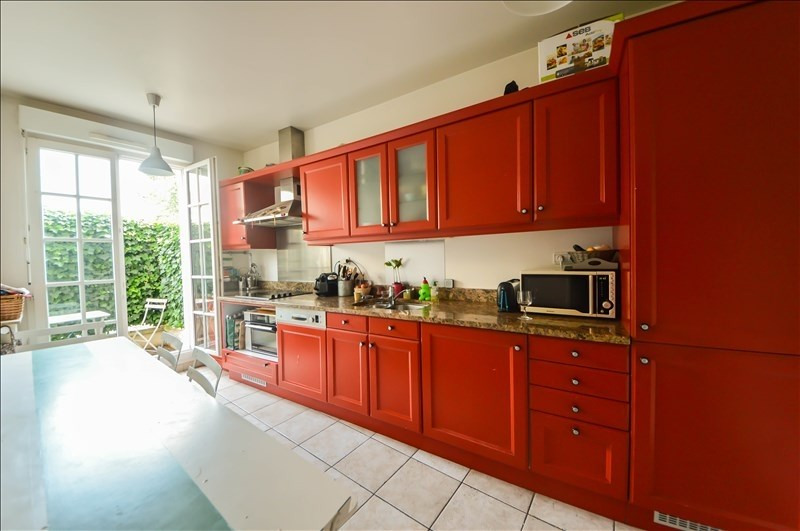 Deluxe sale apartment Suresnes 1090000€ - Picture 3