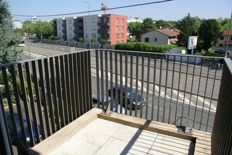 Vente appartement Venissieux 150000€ - Photo 4