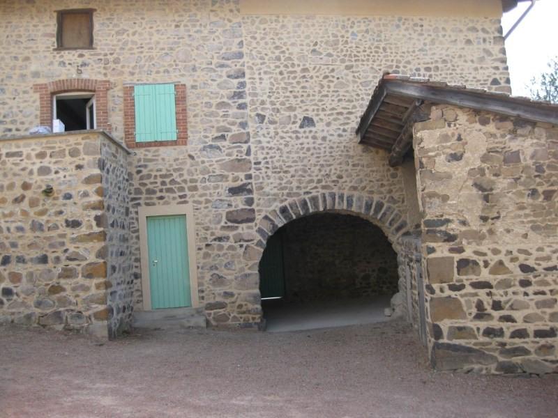 Location maison / villa Amplepuis 710€ CC - Photo 3
