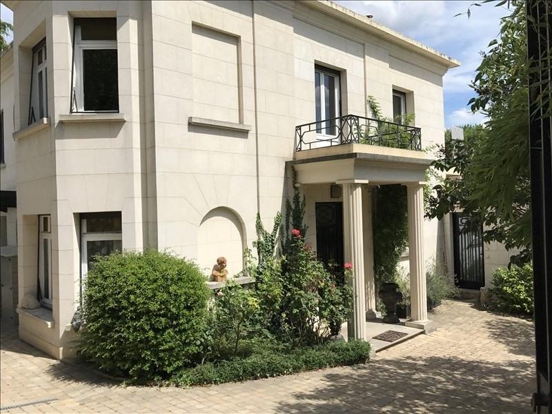 Deluxe sale house / villa Le pecq 3150000€ - Picture 1