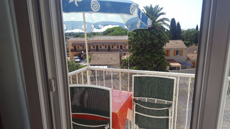 Vente appartement Hyeres 168 000€ - Photo 4