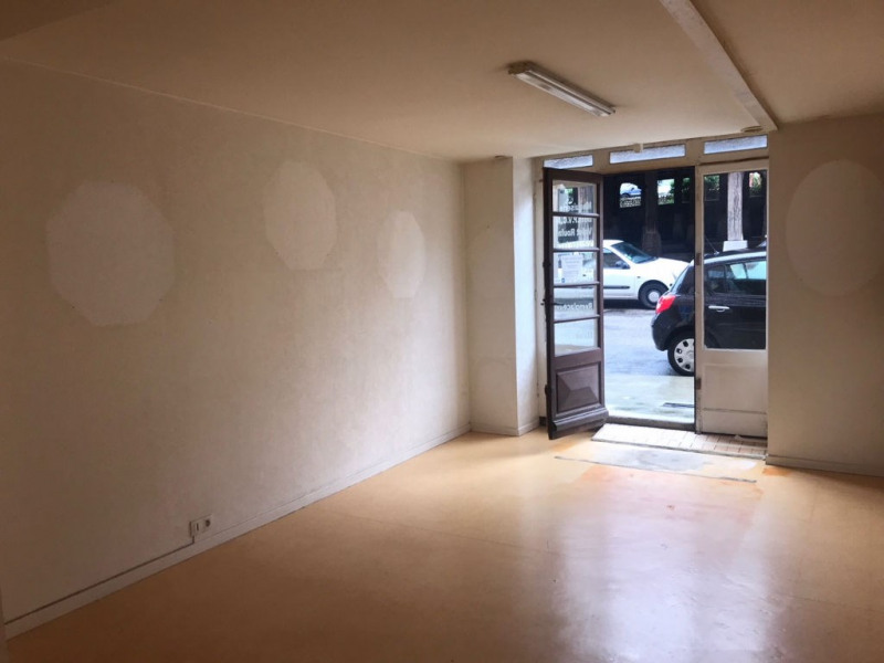 Vente local commercial La cote saint andre 55 000€ - Photo 2