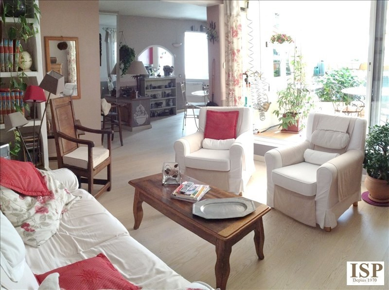 Sale apartment Aix en provence 362 100€ - Picture 2
