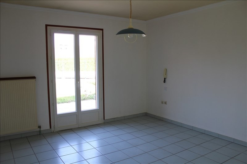 Location maison / villa Champs sur yonne 850€ +CH - Photo 10