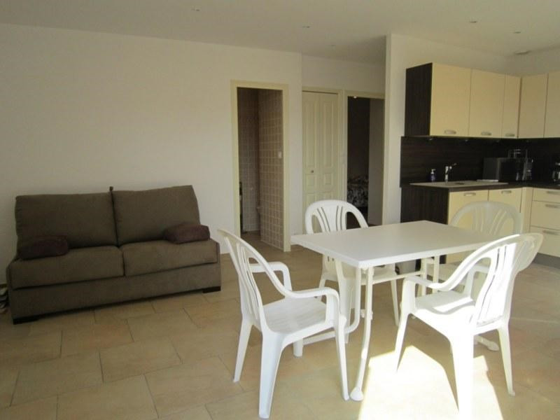 Location vacances appartement Cavalaire sur mer 420€ - Photo 2