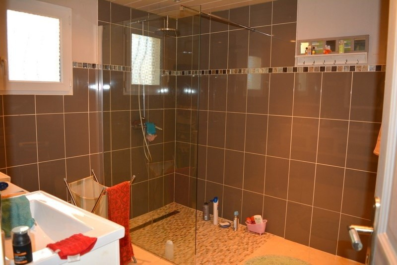 Sale house / villa St martin de gurcon 142000€ - Picture 4