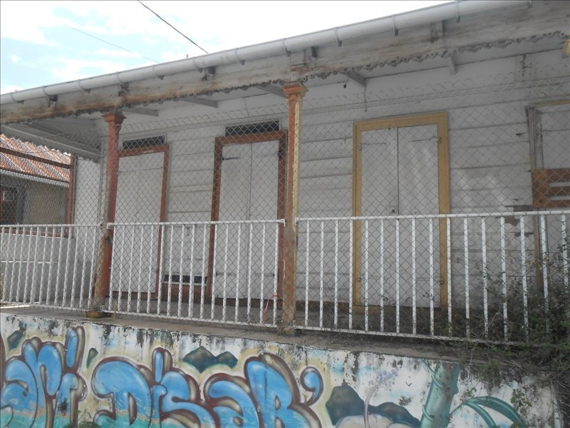 Sale house / villa Basse terre 90000€ - Picture 1