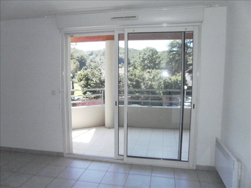 Rental apartment Jurancon 566€ CC - Picture 1