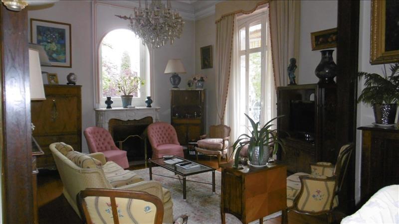 Deluxe sale house / villa Pau 649000€ - Picture 2