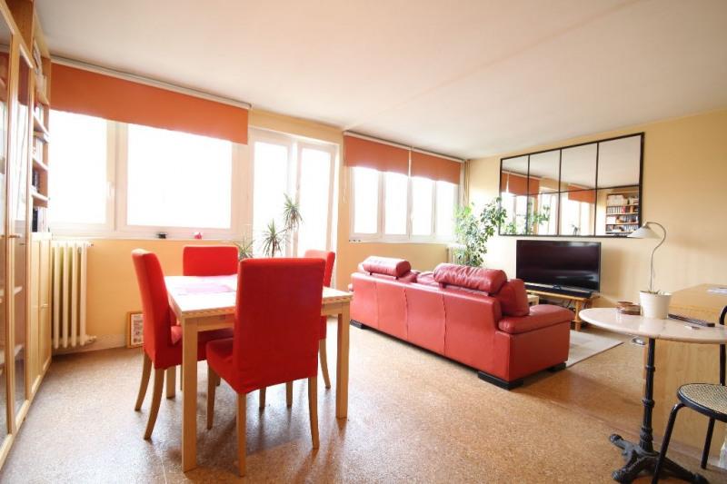 Sale apartment Le pecq 210000€ - Picture 1