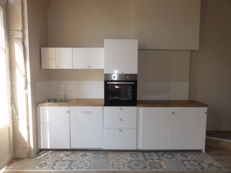 Sale apartment Lyon 1er 285 000€ - Picture 2