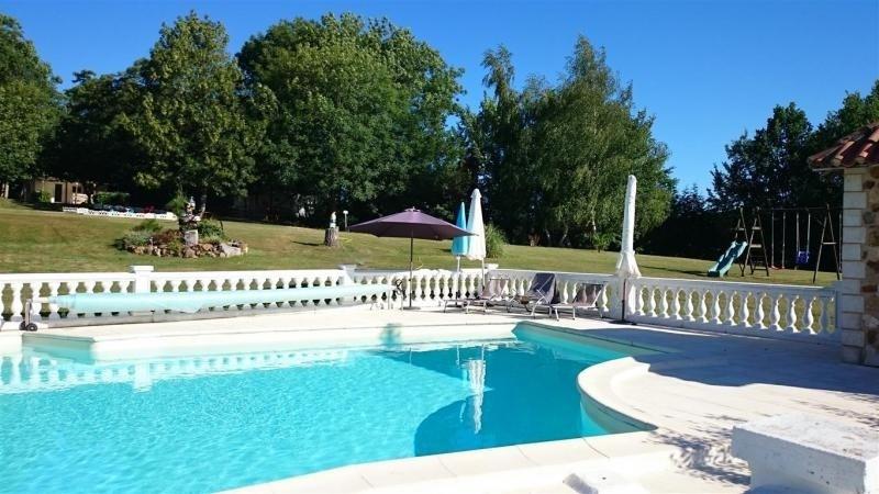Deluxe sale house / villa Milhac de nontron 615000€ - Picture 4