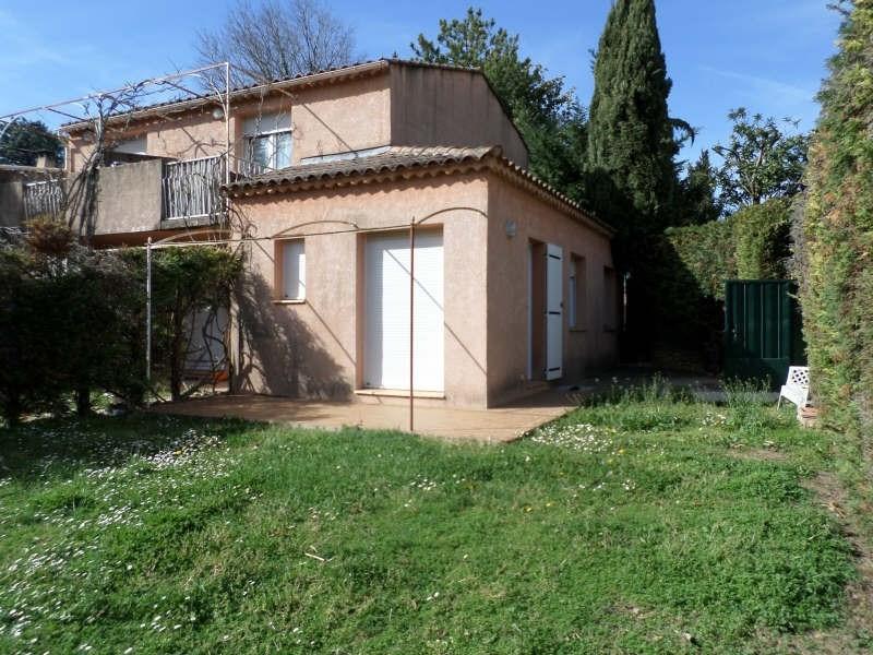 Rental apartment Salon de provence 633€ CC - Picture 1