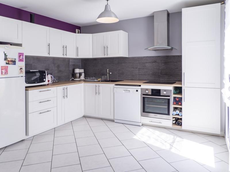 Sale apartment Elancourt 169950€ - Picture 2