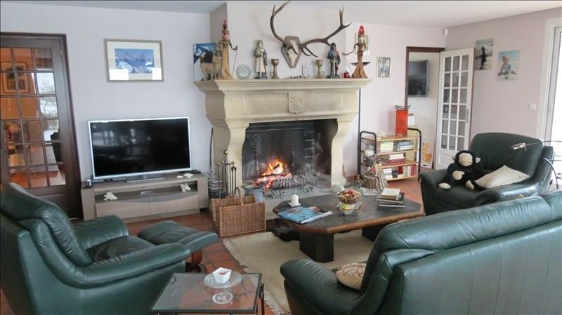 Sale house / villa St romain la motte 329000€ - Picture 3