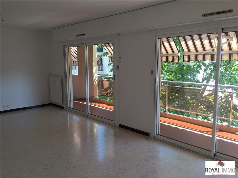 Rental apartment Toulon 820€ CC - Picture 1