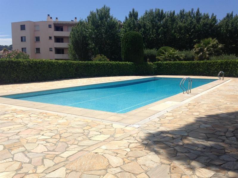 Location vacances appartement Cavalaire 800€ - Photo 4
