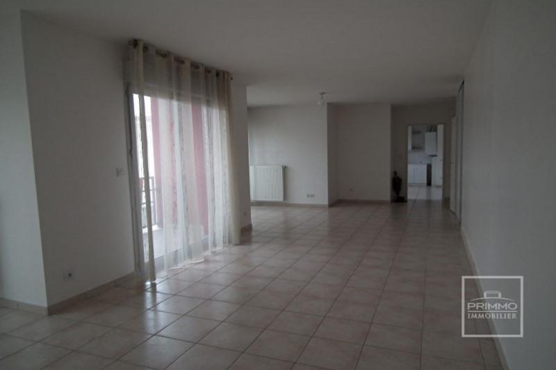 Sale apartment L'arbresle 260000€ - Picture 2
