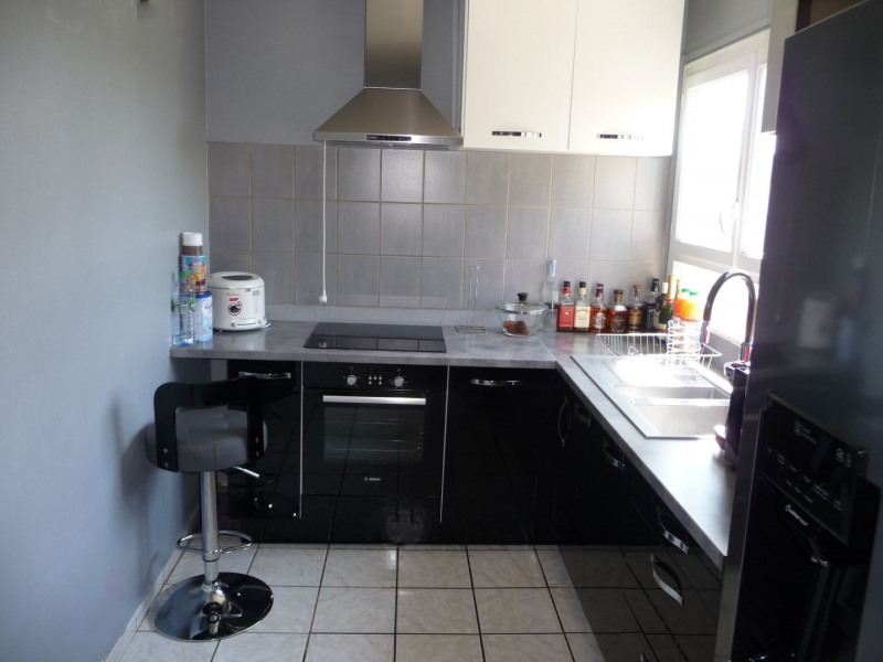 Venta  apartamento Épinay-sous-sénart 123000€ - Fotografía 3