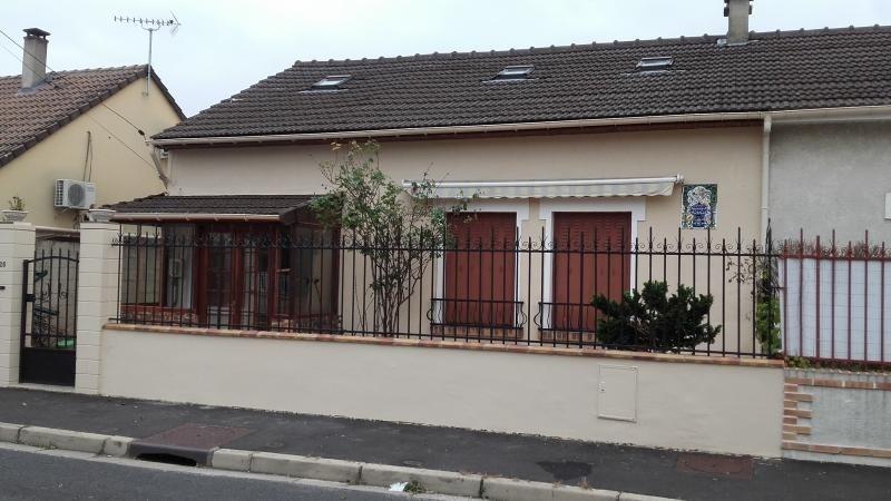 Sale house / villa Chelles 262000€ - Picture 1