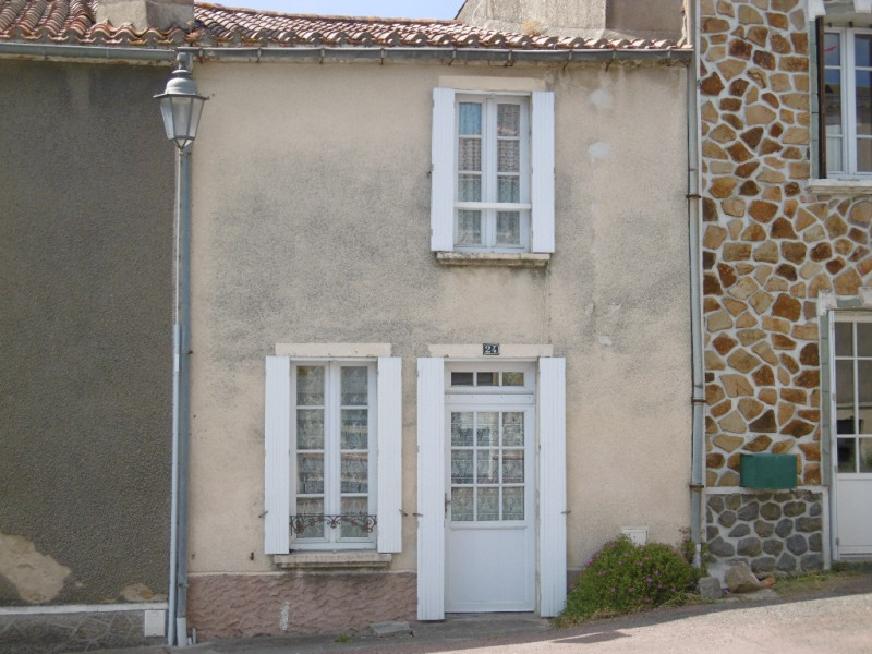Vente maison / villa Beaulieu sous la roche 53000€ - Photo 1