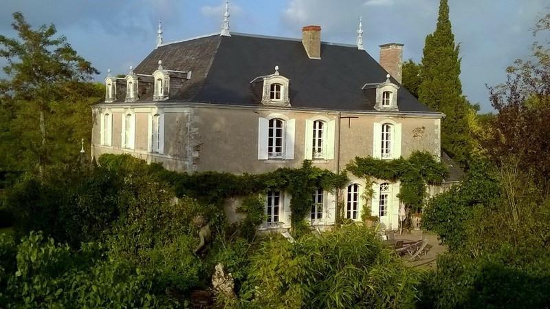 Vente de prestige maison / villa Angers 25 mn sud 945000€ - Photo 2